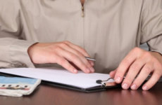 Сроки выдачи трудовой книжки при увольнении: требования законодательства