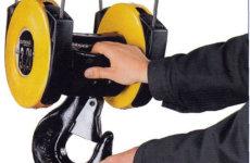 Охрана труда: требования перед началом работы и виды инструктажей