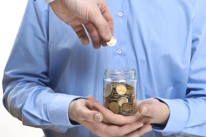 Сроки выплаты заработной платы и аванса – какими они должны быть и что делать, если нарушают?