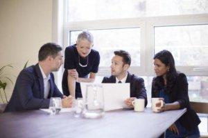 Государственная экспертиза условий труда: что это, цели и функции проведения экспертизы