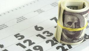 Должен ли ип выплачивать зарплату 2 раза в месяц
