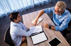 Увольнение пенсионеров по сокращению штатов: какие полагаются выплаты?