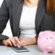 Излишне выплаченная заработная плата: способы возврата и составление учета