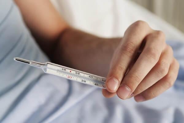 Открыт больничный щаранее написанный один день без содержания