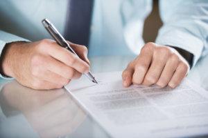 Работа без трудового договора нарушает действующие нормативы
