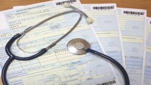 Удержания с выплат по больничному