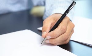 Как самостоятельно забрать трудовую книжку: заявление