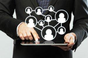 Возложение обязанностей кассира в больших организациях