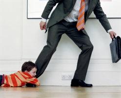 Увольнение алиментщика: возможные неприятности