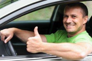 Водитель с личным автомобилем: как оформить