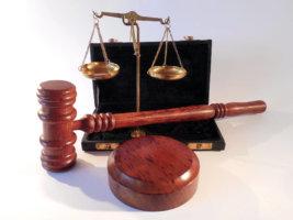 Обращение в суд при незаконном увольнении