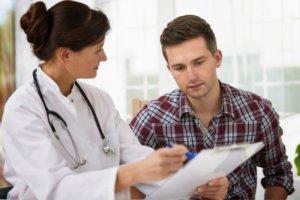 Для чего нужна справка о здоровье при приеме на работу
