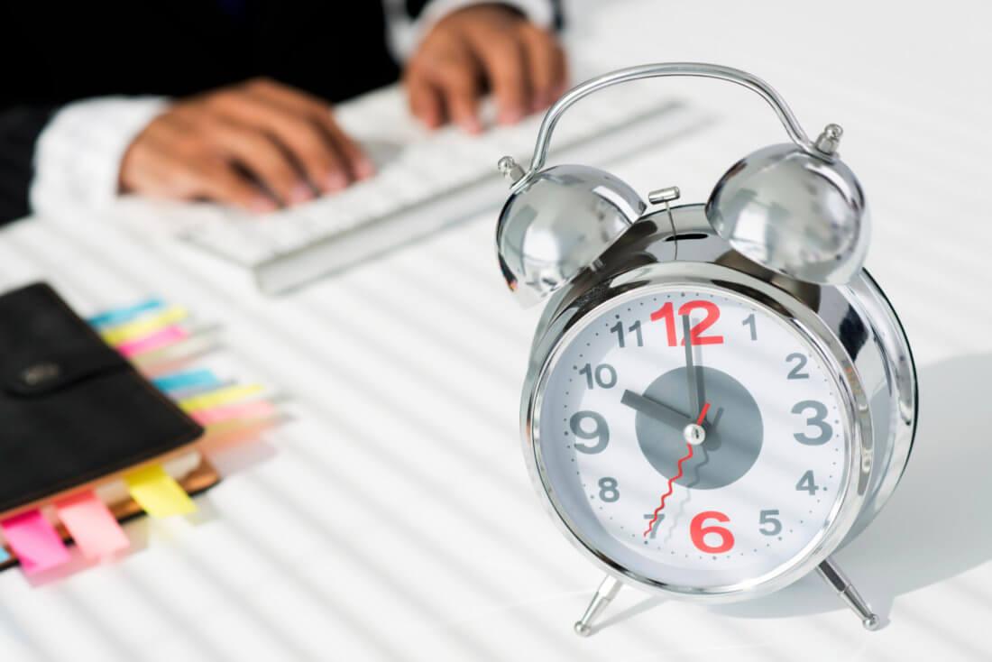 За сколько дней работники должны предупреждать об увольнении