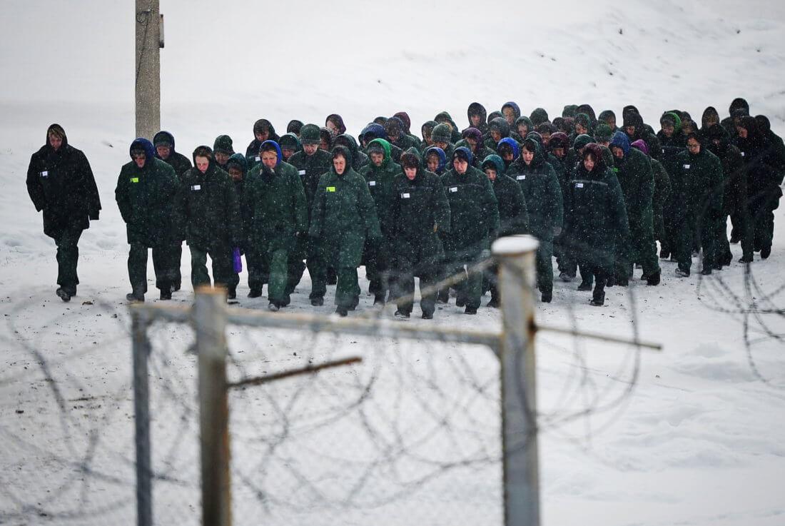 В каких случаях принудительный труд разрешен в РФ, ответственность за незаконное принуждение