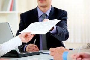Какие документы передают при увольнении