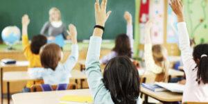 Увольнение учителя школы по причине изменения контракта
