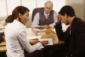 Требуем у работодателя выдать расчет при увольнении