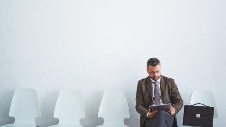 Как проходить собеседование при приеме на работу и вести себя после него