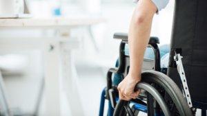 Кто относится к первой группе инвалидности