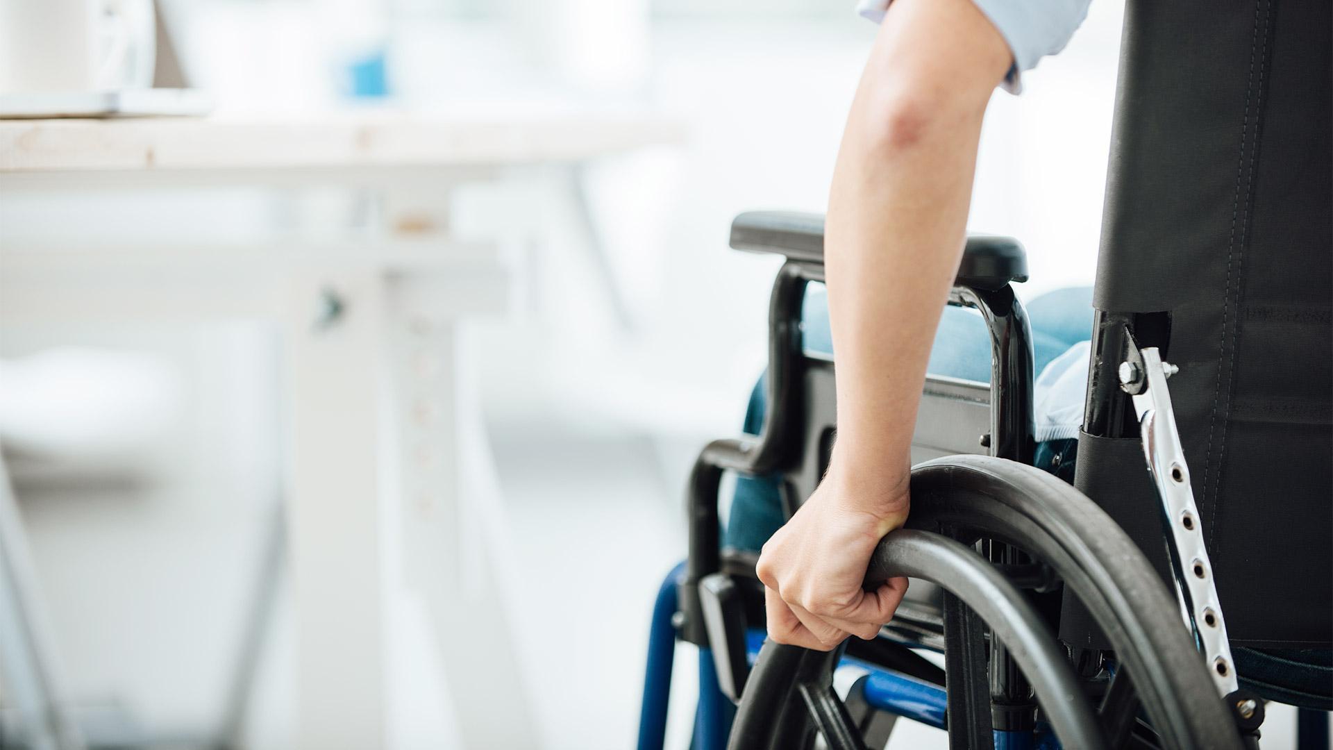 Можно ли работать с первой группой инвалидности и кто к ней относится