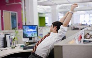 Преимущественное право оставления на работе при массовом сокращении работников