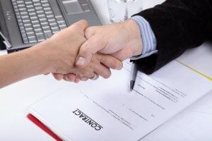 С кем может быть заключен срочный трудовой договор