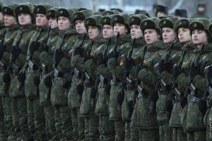 От чего зависит и как меняется зарплата военного