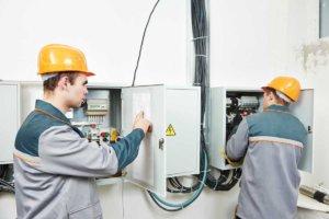 Кто проходит проверку знаний по электробезопасности