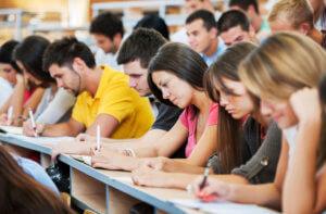 Различия между учебным и ежегодным отпуском
