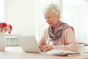 Куда идти работать пенсионеру