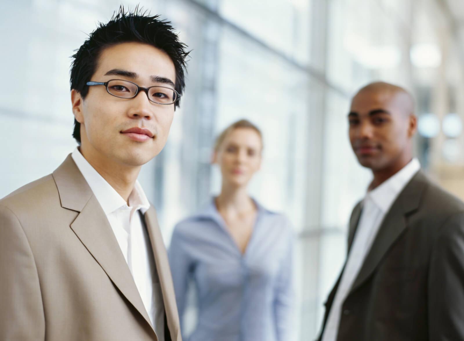 Как нанимать и оформлять высококвалифицированных специалистов